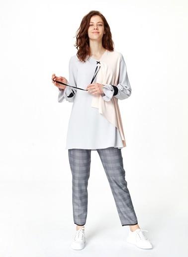 Mizalle Önü Bağcıklı Tasarım Bluz  Gri